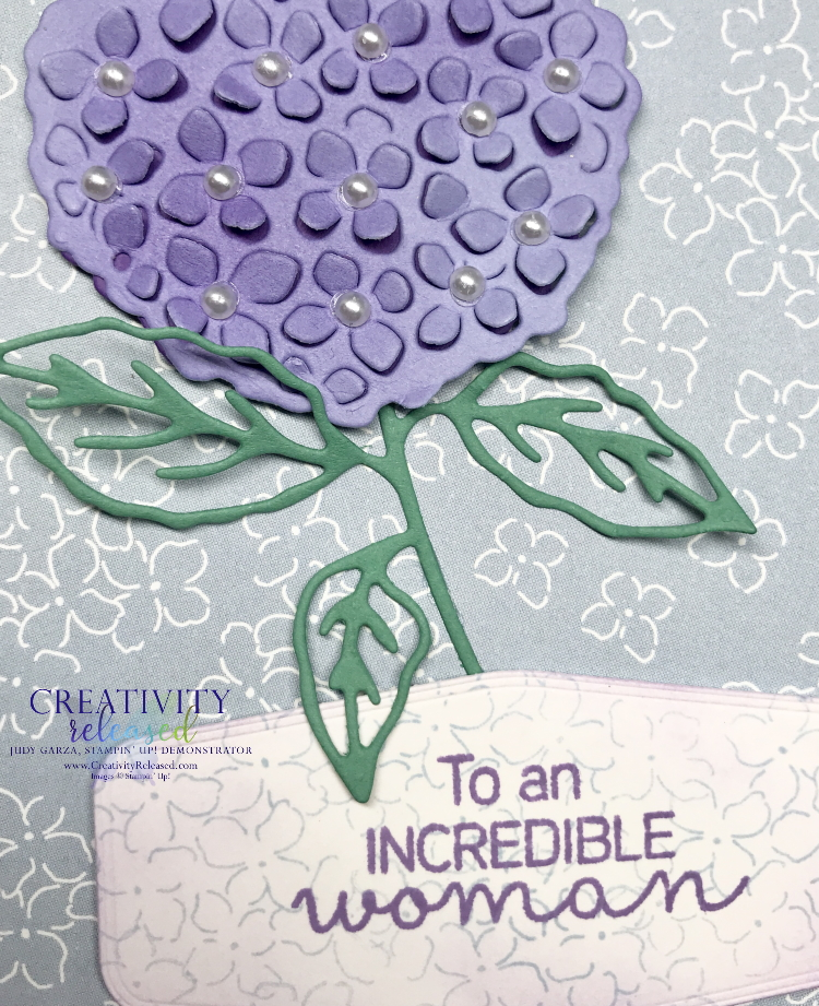 A close up look at the hydrangea on a card using the Stampin' Up! colors Highland Heather, Just Jade and Seaside Spray.